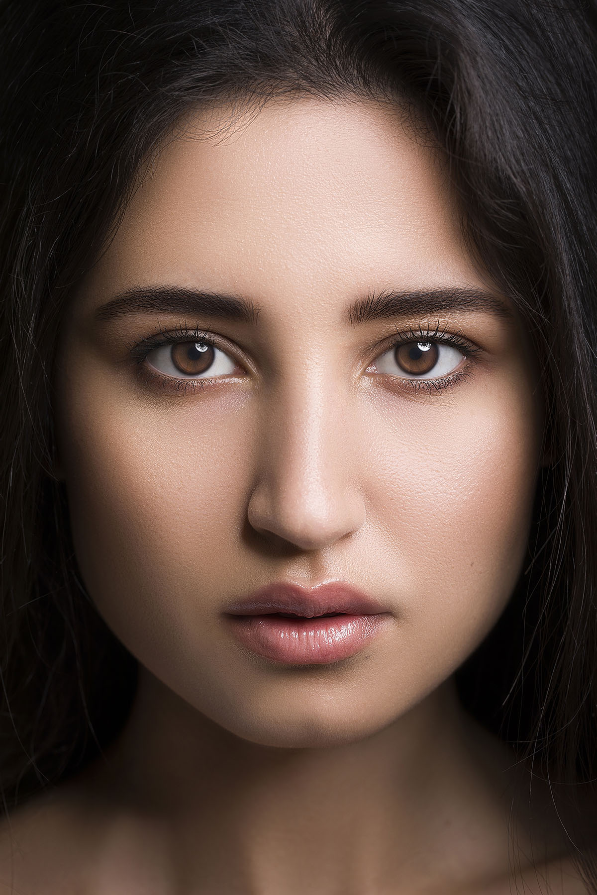 Beauty photoshoot by Loesje Kessels Fashion Photographer Dubai