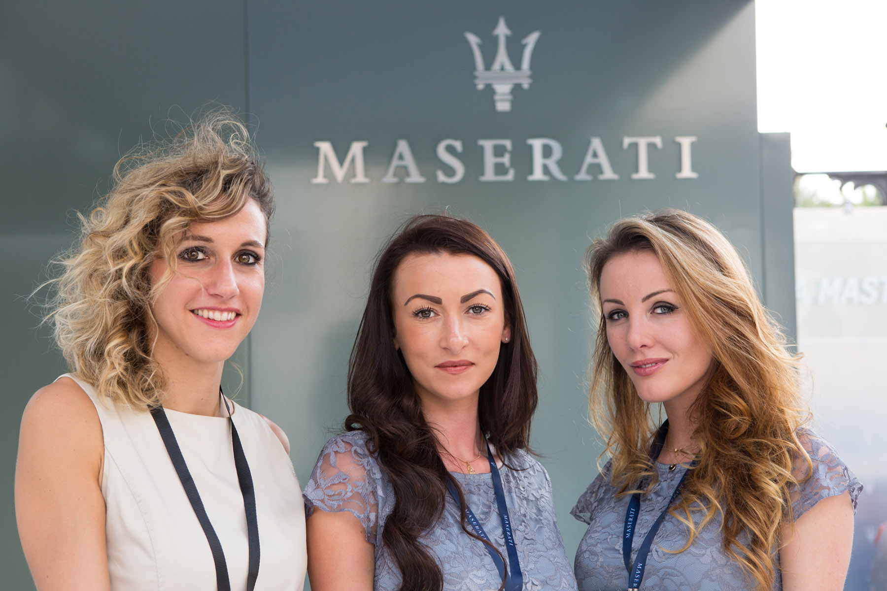 Sales ladies of Maserati at Art Dubai by Loesje Kessels Fashion Photographer