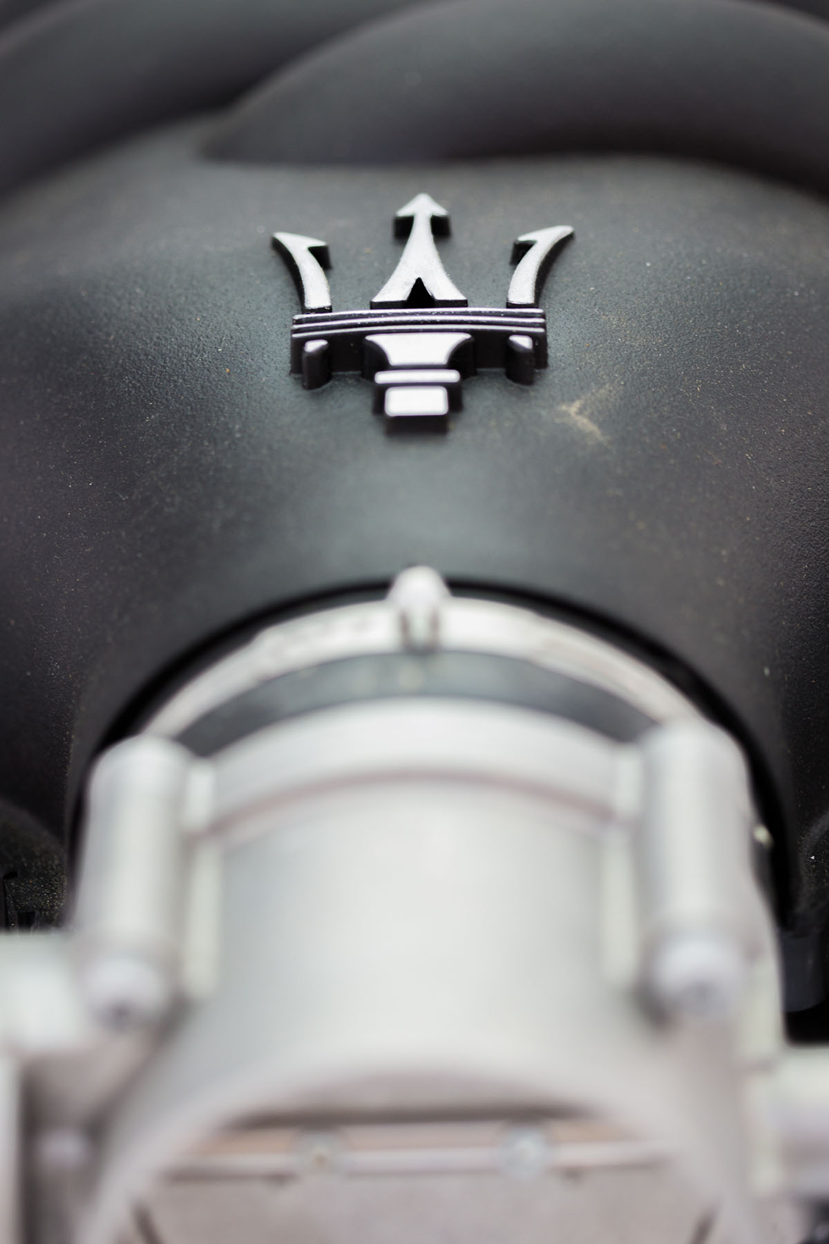 Maserati engine on display at Art Dubai by Loesje Kessels Fashion Photographer