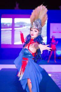 Dancer at the Maserati Trofeo event by Loesje Kessels Fashion Photographer Dubai