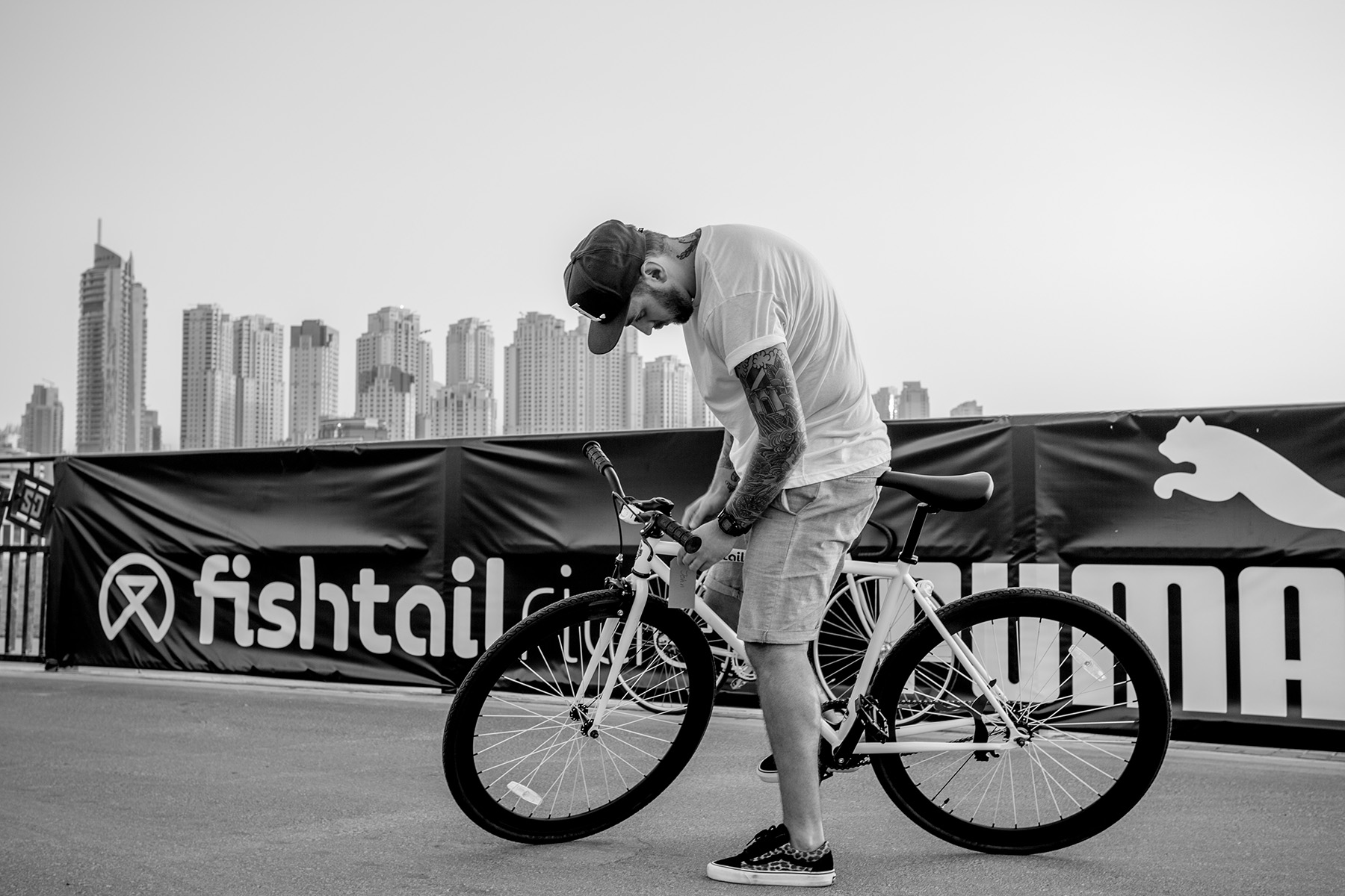 Influencer ready for the PUMA Fishtail ride bike event by Loesje Kessels Fashion Photographer Dubai