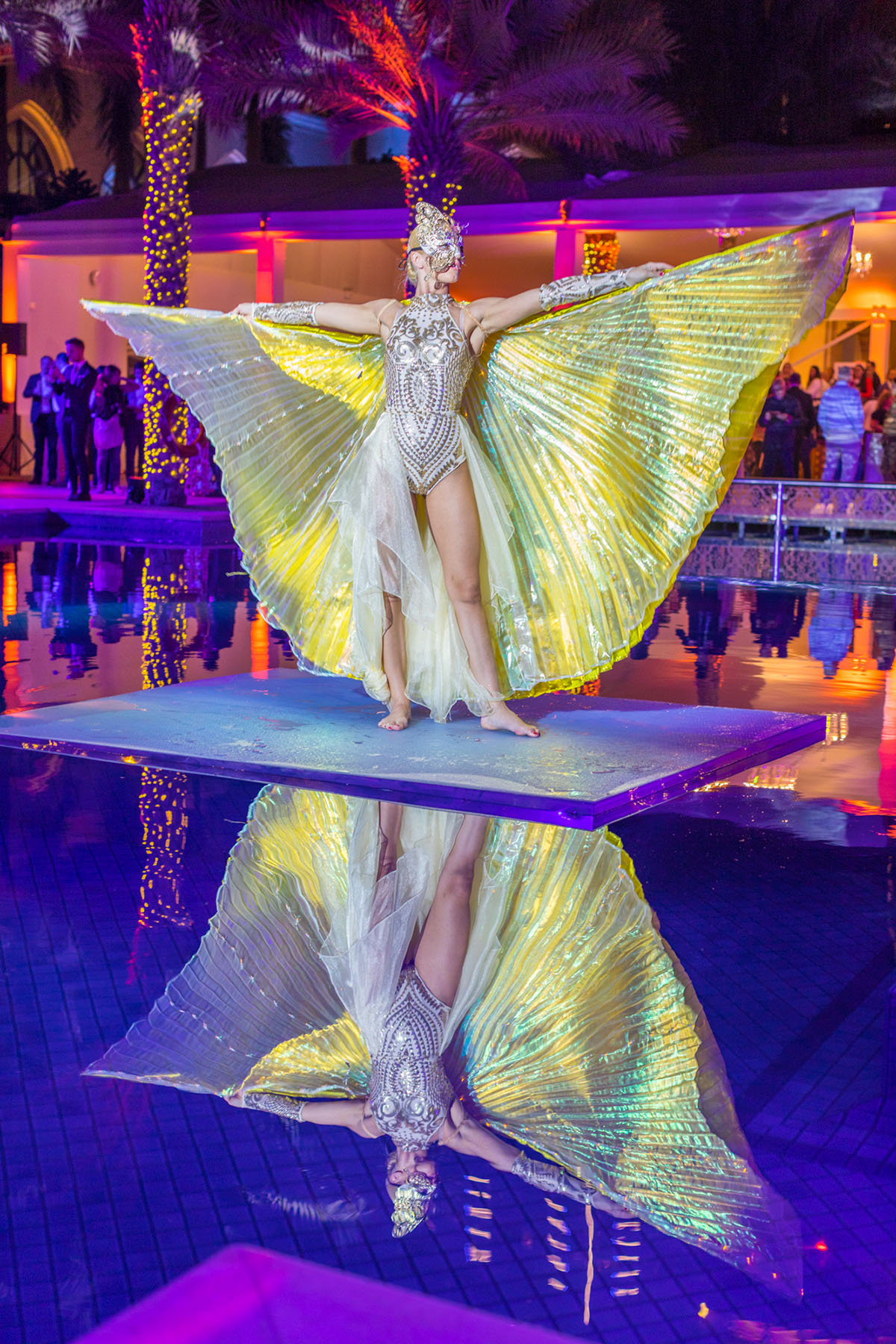 Neon water dancer at The Palace Downtown event by Loesje Kessels Fashion Photographer Dubai