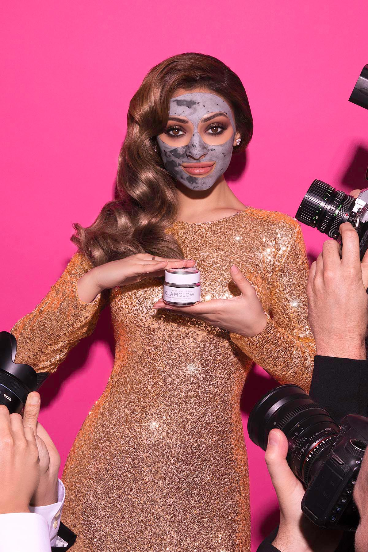 GlamGlow mud mask campaign by Loesje Kessels for Estée Lauder with Shouq Al Hadi