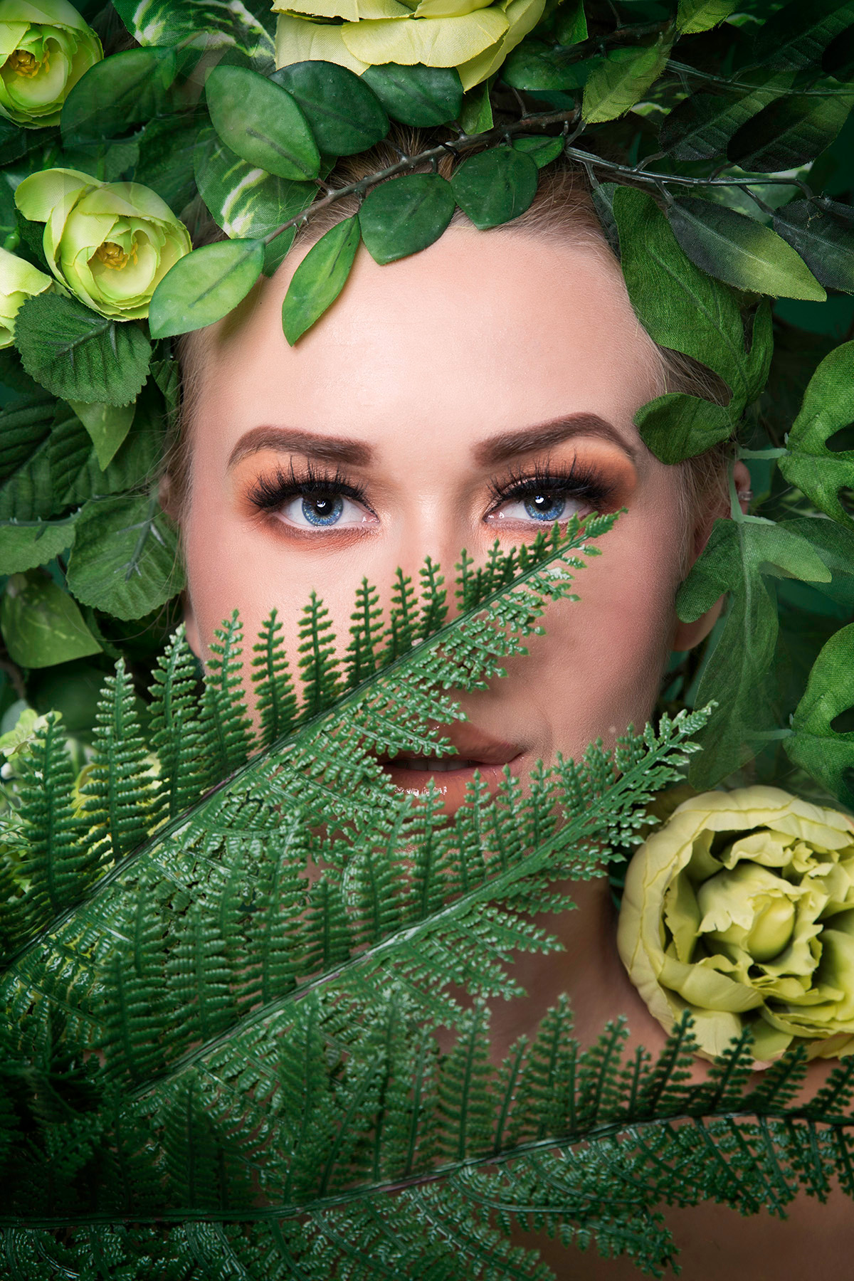 Beauty editorial 'Flower Fairy' in green by Loesje Kessels Fashion Photographer Dubai